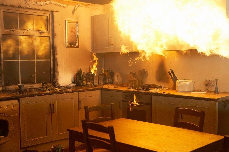 картинки пожара на кухне ебет